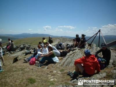 Llegada a la cima - conocer gente madrid; viajes excursiones; excursiones viajes y viajes
